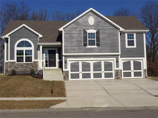 6111 NE 119th Terrace, Kansas City, MO 64156 (#2313037) :: Five-Star Homes