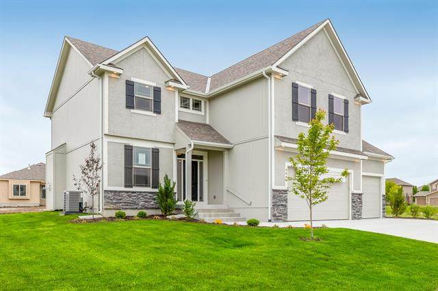 7905 SW 2nd Terrace, Blue Springs, MO 64014 (#2313107) :: Ask Cathy Marketing Group, LLC