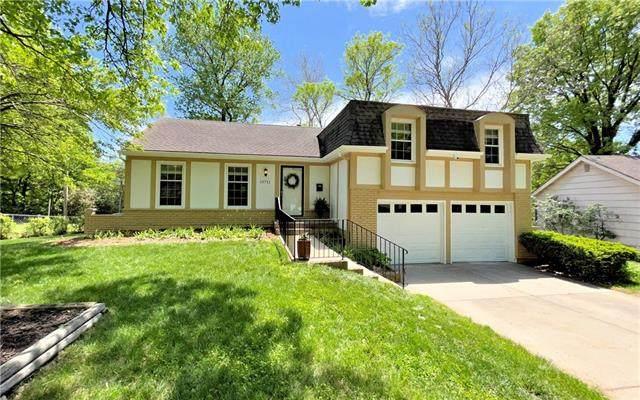 10711 W 97th Street, Overland Park, KS 66214 (#2313132) :: Team Real Estate
