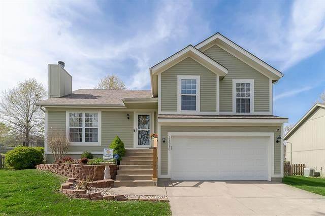 21518 W 50th Terrace, Shawnee, KS 66226 (#2313156) :: Eric Craig Real Estate Team