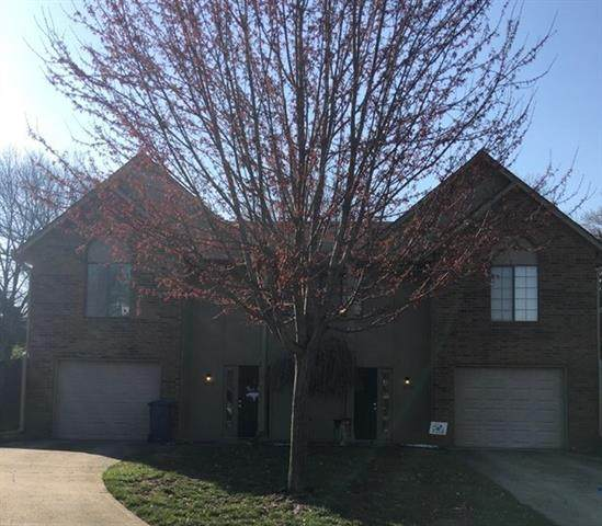 203 NW Market Place, Lee's Summit, MO 64063 (#2313159) :: Dani Beyer Real Estate