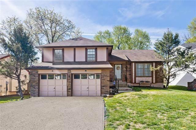 9021 E 96th Terrace, Kansas City, MO 64134 (#2313273) :: Ron Henderson & Associates