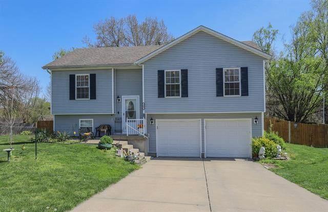 305 N 10TH AVENUE Circle, Greenwood, MO 64034 (#2313278) :: Dani Beyer Real Estate