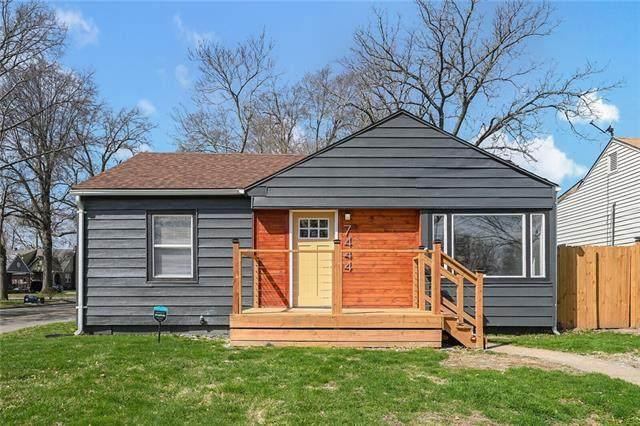 7444 Tracy Avenue, Kansas City, MO 64131 (#2313440) :: Dani Beyer Real Estate