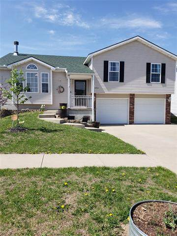 2214 Sterling Street, St Joseph, MO 64503 (MLS #2313533) :: Stone & Story Real Estate Group