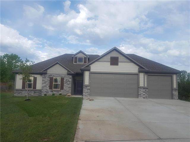 2328 NE Andromada Court, Blue Springs, MO 64029 (MLS #2313537) :: Stone & Story Real Estate Group