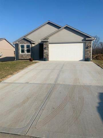 1809 N Crane Lane, Independence, MO 64058 (MLS #2313542) :: Stone & Story Real Estate Group