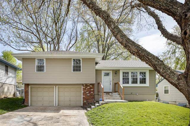 1617 NW 67th Terrace, Kansas City, MO 64118 (#2313722) :: Ask Cathy Marketing Group, LLC