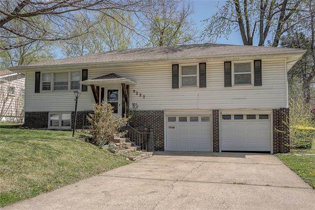 9237 Lowell Avenue, Overland Park, KS 66212 (MLS #2313821) :: Stone & Story Real Estate Group