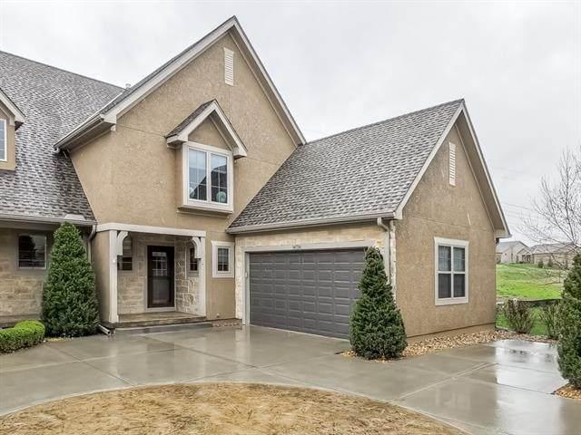 14736 Meadow Lane, Leawood, KS 66224 (#2313825) :: Five-Star Homes