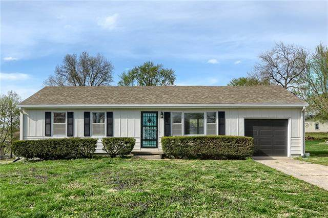 8406 Lavern Road, Pleasant Valley, MO 64068 (#2313831) :: Five-Star Homes