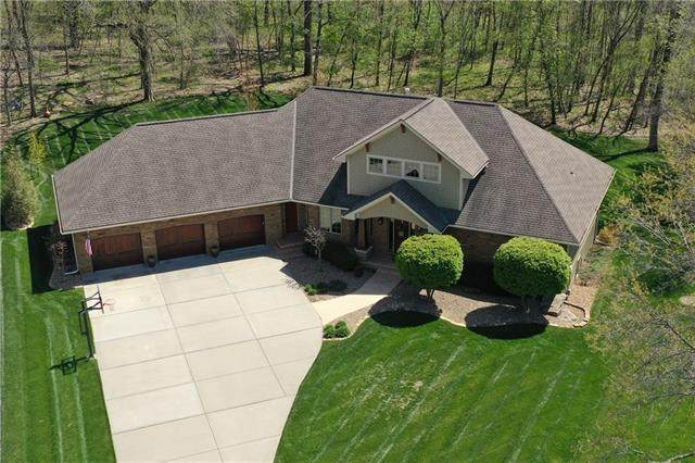 3216 S Fallbrook Court, Blue Springs, MO 64015 (#2313880) :: Ask Cathy Marketing Group, LLC
