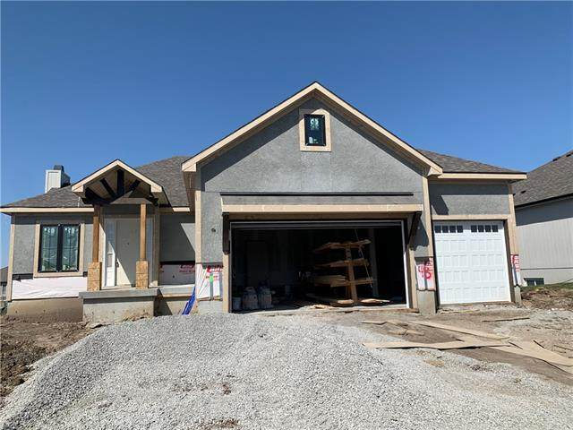 235 SW Eagles Ridge Drive, Blue Springs, MO 64014 (#2313940) :: Team Real Estate