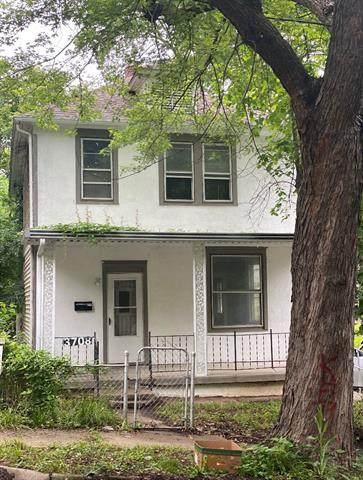 3708 Thompson Avenue, Kansas City, MO 64124 (#2313988) :: Ron Henderson & Associates