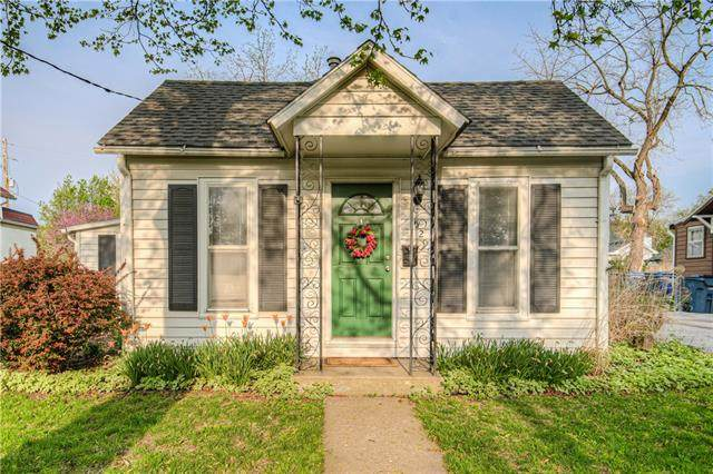 529 S Water Street, Olathe, KS 66061 (#2313996) :: Audra Heller and Associates