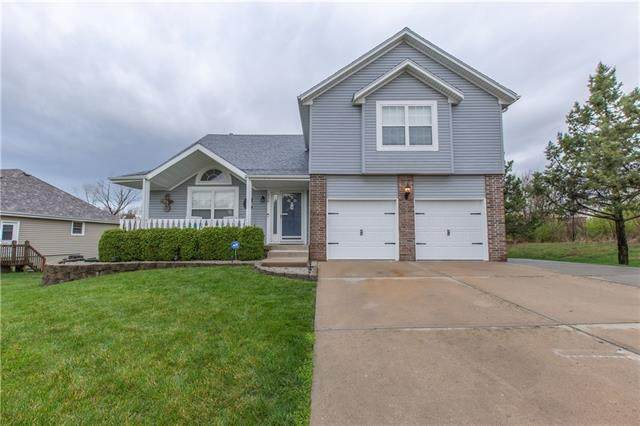 226 N Sunset Lane, Raymore, MO 64083 (#2314012) :: Audra Heller and Associates