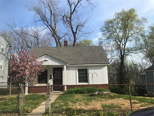 1718 W 34th Street, Kansas City, MO 64111 (#2314066) :: Dani Beyer Real Estate