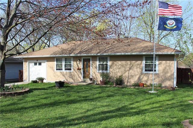 309 S Johnson Drive, Odessa, MO 64076 (#2314082) :: Five-Star Homes