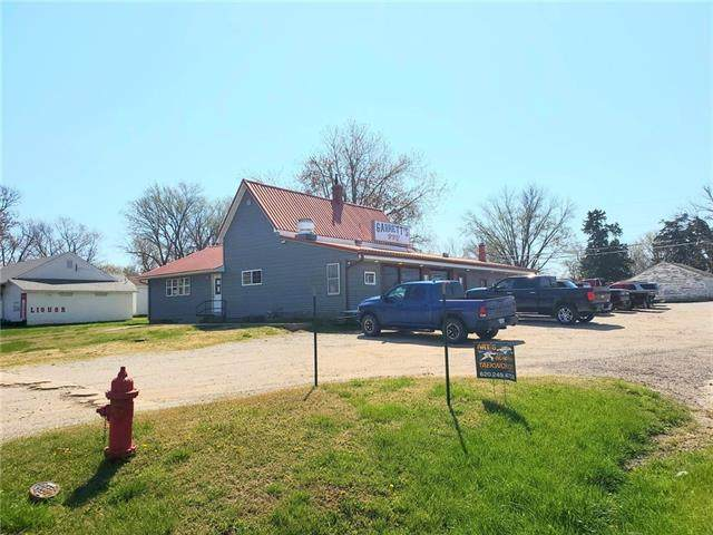303 S 9th Street, Mound City, KS 66056 (MLS #2314179) :: Stone & Story Real Estate Group