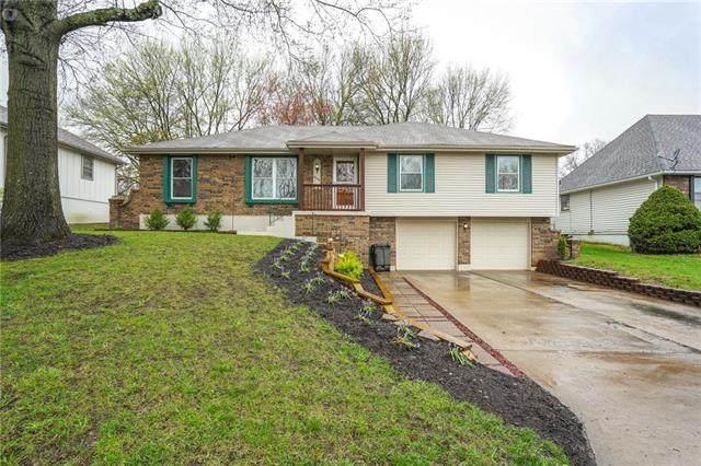 16506 Spring Valley Road, Belton, MO 64012 (#2314196) :: Ron Henderson & Associates