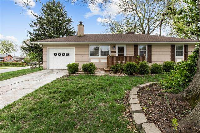 4107 S Mccoy Street, Independence, MO 64055 (#2314295) :: Austin Home Team