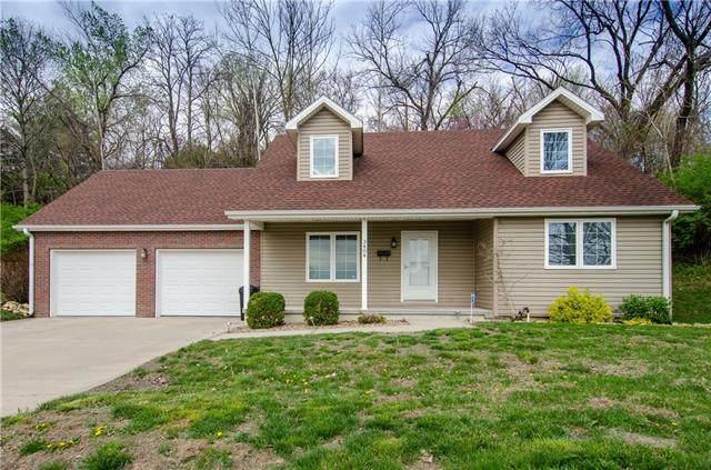 3404 N 9th Street, St Joseph, MO 64505 (#2314346) :: Dani Beyer Real Estate