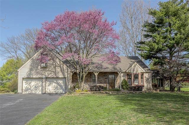 13200 NW 81st Street, Parkville, MO 64152 (#2314413) :: Ron Henderson & Associates