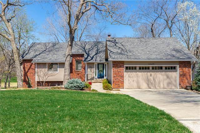 12635 Pawnee Lane, Leawood, KS 66209 (#2314433) :: Ron Henderson & Associates