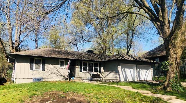 8608 Stark Avenue, Raytown, MO 64138 (#2314495) :: Five-Star Homes