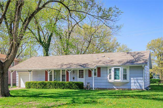 7804 E 91st Street, Kansas City, MO 64138 (#2314583) :: Beginnings KC Team