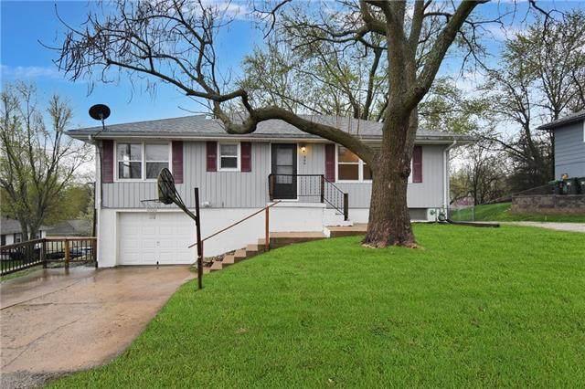 900 W Marlow Street, Odessa, MO 64076 (#2314637) :: Five-Star Homes