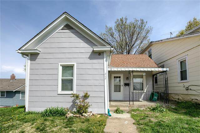 247 N 24th Street, Kansas City, KS 66102 (#2314702) :: Ron Henderson & Associates