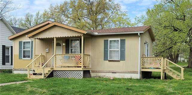 746 S Lowman Street, Fort Scott, KS 66701 (#2314712) :: Dani Beyer Real Estate