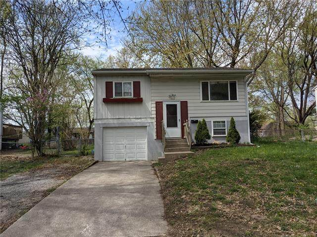 1420 N Osage Trail, Independence, MO 64058 (#2314750) :: Ron Henderson & Associates