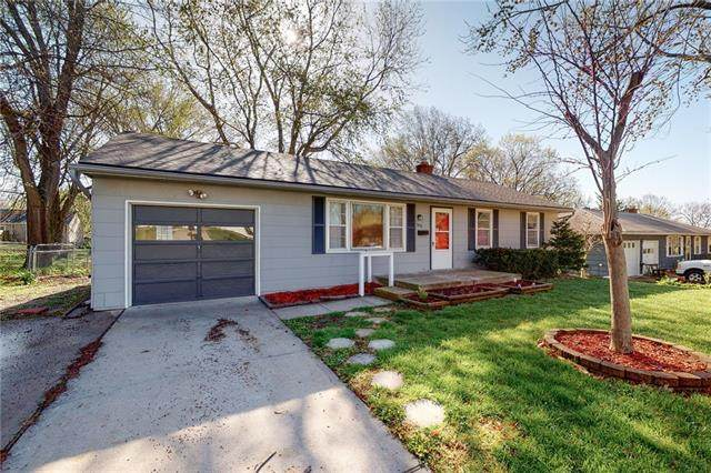 706 SW 17th Street, Blue Springs, MO 64015 (#2314778) :: Five-Star Homes