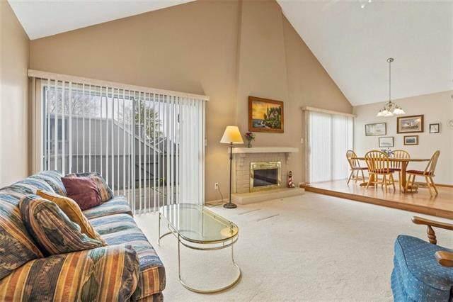 8008 Halsey Street, Lenexa, KS 66215 (MLS #2314802) :: Stone & Story Real Estate Group