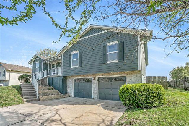 713 SW Nelson Drive, Grain Valley, MO 64029 (#2314822) :: Eric Craig Real Estate Team