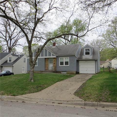 8104 Belleview Avenue, Kansas City, MO 64114 (#2314850) :: Ron Henderson & Associates