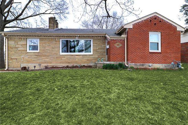 2601 S Hardy Avenue, Independence, MO 64052 (#2315074) :: Dani Beyer Real Estate