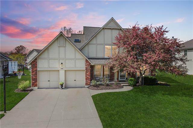 4708 NW 87th Street, Kansas City, MO 64154 (#2315101) :: Eric Craig Real Estate Team