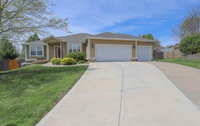 3304 S Seminole Court, Independence, MO 64057 (#2315219) :: Five-Star Homes
