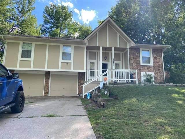 213 SE 2nd Street, Blue Springs, MO 64014 (#2315252) :: Ron Henderson & Associates