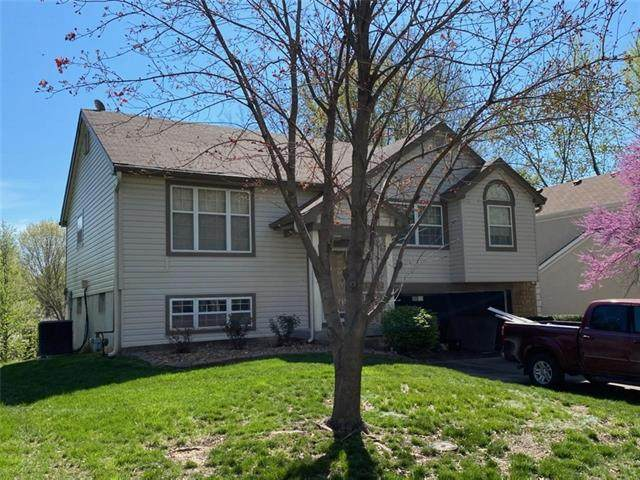 528 NW 41st Street, Blue Springs, MO 64015 (#2315258) :: The Rucker Group