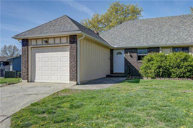 2809 NW 4th Street Terrace, Blue Springs, MO 64014 (#2315316) :: Team Real Estate