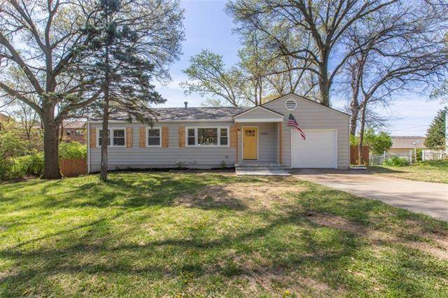1001 Orchard Avenue, Liberty, MO 64068 (#2315338) :: Audra Heller and Associates
