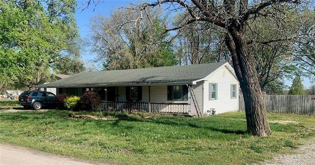 1805 E Oak Street, Fort Scott, KS 66701 (#2315341) :: Ron Henderson & Associates