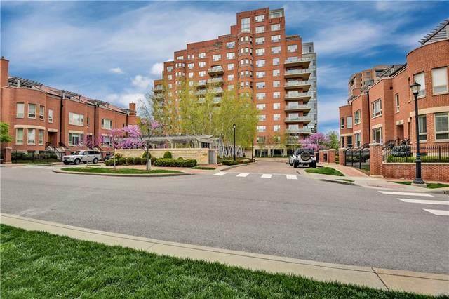 4950 Central Street, Kansas City, MO 64112 (#2315412) :: Ron Henderson & Associates