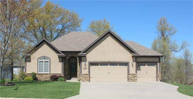 1240 Vivian Drive, Warrensburg, MO 64093 (#2315420) :: The Rucker Group