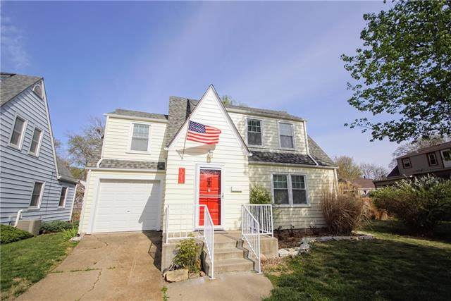 1286 SW Collins Avenue, Topeka, KS 66604 (#2315492) :: Ron Henderson & Associates