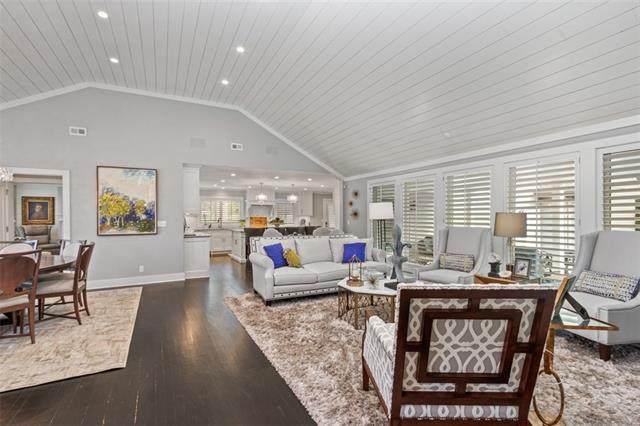 1203 W 65th Street, Kansas City, MO 64113 (MLS #2315578) :: Stone & Story Real Estate Group